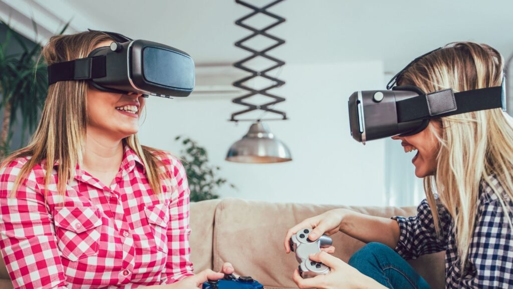 How can students start an online gaming business?